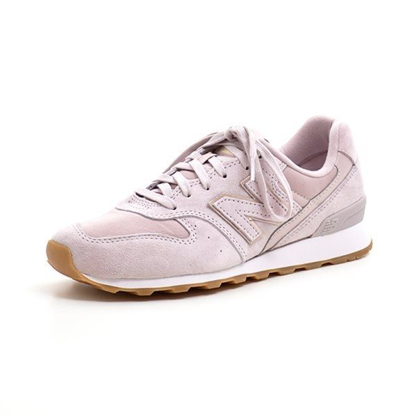 the latest 0944d 0d55e New Balance 996 Sneakers, rosa